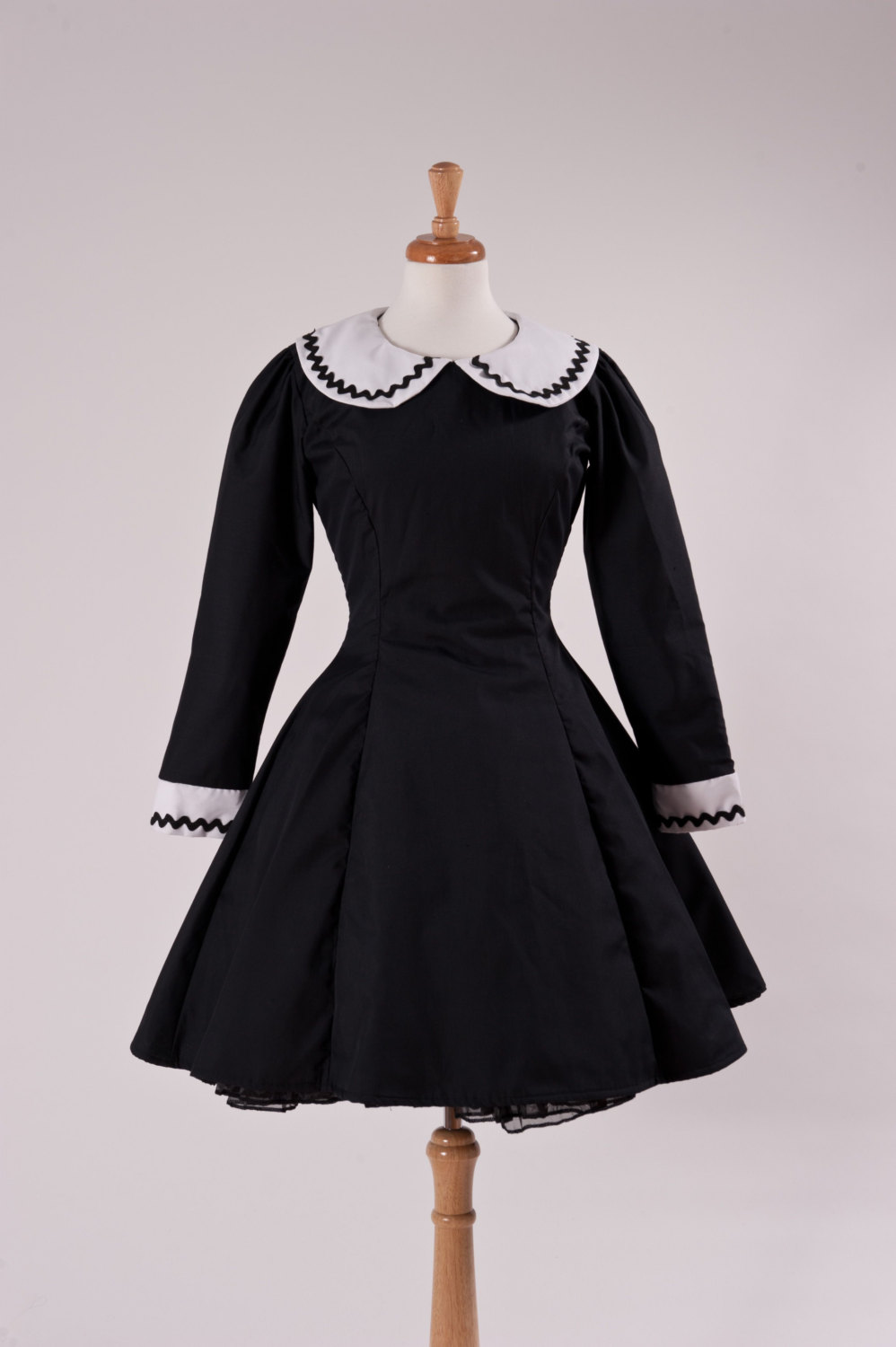 Gothic Lolita Black Aline Dress with Peter Pan Collar A-line Wednesday Aadams Lenore Custom Size Made to Measure Plus Size Cotton Dress