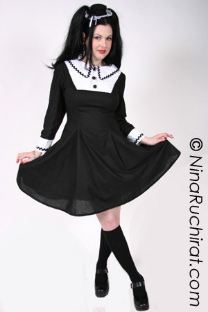 Gothic Lolita Cosplay Chii Dress Goth Loli Cute Kawaii Black and White A-line A Line Dress Cosplay Costume Halloween Custom Size Plus Size